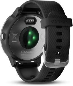 Grâce à votre montre connectée, vous pouvez accéder aux applications de votre smartphone.