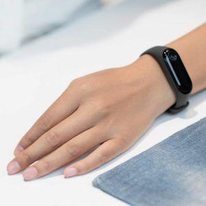 Les montres connectées permettent de réduire la consommation de la batterie de votre smartphone. Faites le test!