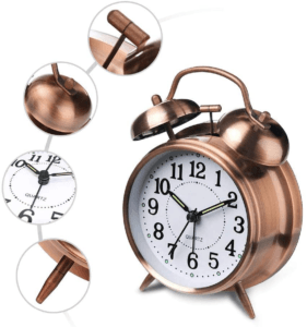 Les réveils analogiques sont connus pour le son de tic-tac rappelant les anciennes horloges.