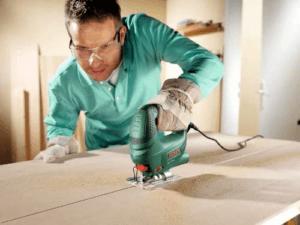 Avec le système SDS Bosch, le changement de lame est rapide, sûr et efficace – sans outil. faites le test !