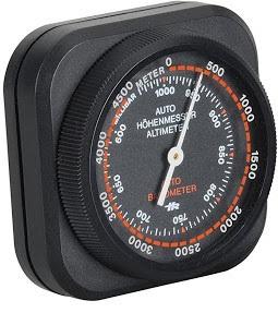 Les altimètres sont des appareils utilisés pour déterminer la différence d'altitude entre l'endroit où vous vous trouvez et un point de référence. En général, le niveau de la mer est pris comme référence.