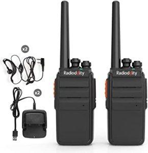 Le talkie-walkie est idéal pour discuter en binôme ou en groupe