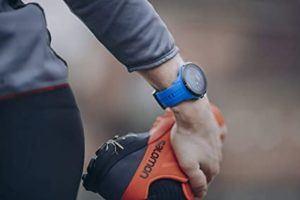 Montre de sport SUUNTO Spartan Sport Wrist HR pour l'activité physique.