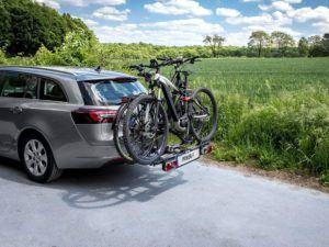 Porte vélo pour voiture pouvant supporter deux vélos