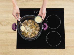 Cocotte pour la cuisson rapide des aliments