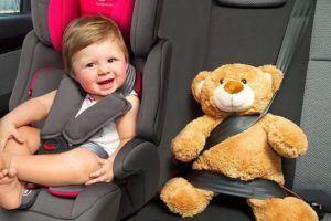 Assurez-vous que la ceinture de sécurité fonctionne correctement. Sinon, même le meilleur siège auto est inutile.
