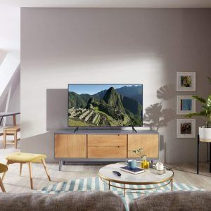 Smart tv avec Tizen OS, Google, Alexa.