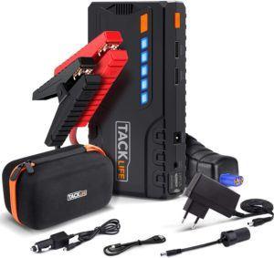 Le Tacklife T6 Booster Batterie et tous ses accessoires.