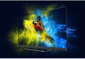 TV LED équipée du système Android TV ayant accès à Internet.