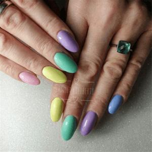 Facile à appliquer comme un vernis à ongles, se porte comme un gel et facile à enlever.