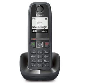 Le tout premier téléphone a été inventé par Bell en 1876.
