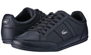 Chaussures pour hommes adaptées pour la marche à pied et le sport.