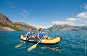 Kayak deux places stable et confortable qui résiste bien à la chaleur.