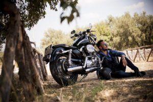 Prenez des photos de vos road trip grâce au support téléphone moto