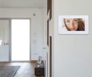 Visiophone sans fil permettant de voir les visiteurs.