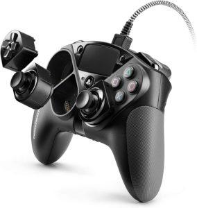 Certains fabricants de manettes PS4 se lâchent un peu sur le design