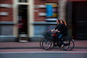 Le vélo VTC est parfait pour les balades en ville