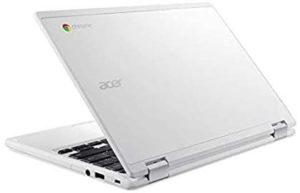 Cet ordinateur léger dispose d'un disque SSD et d'un écran large.