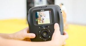 Comment tester le flash d'un appareil photo polaroid ?