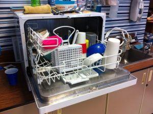 Les mini lave-vaisselles sont pratiques et faciles à utiliser